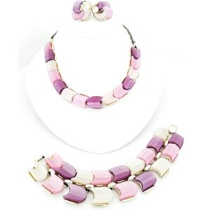 Lisner Vintage Thermoset bracelet, necklace set